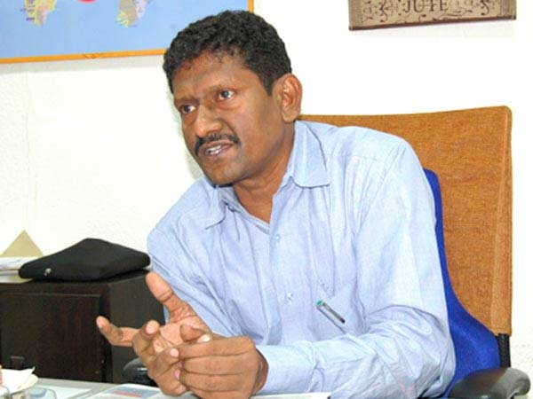 Young people come to politics, says sagayam