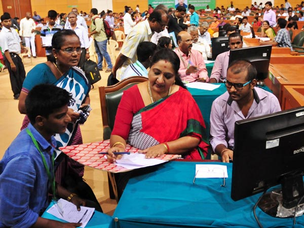 HC quashes 85% reservation to TN State Board students in MBBS admission, State Govt has desided to appeal