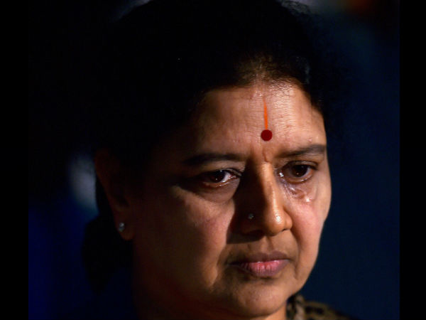 Special facilities for sasikala stopped by ADGP