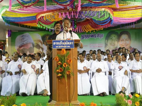 Edappadi palanisamy heading benami government, says OPS