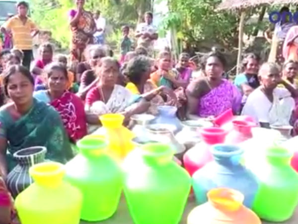 Severe Drinking water shortage in Triplicane, People collecting water from MLA's Hostel