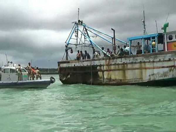 12 Tamil fishermen sent to Jaffna prison by Sri Lankan Navy