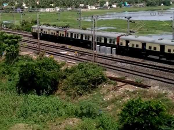 Chennai- Kovai intercity express departures train 3 hrs delay