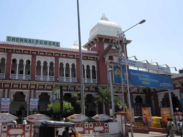 சென்னையில் ஆழ்வார்கள், நாயன்மார்கள் பற்றி  விளக்கும்  சென்னை மாதம் திருவிழா