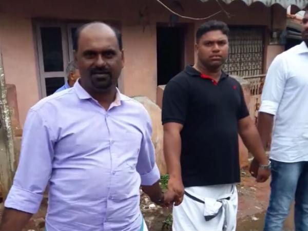 கன்னியாகுமரி: இனயம் சரக்கு பெட்டக முனையத்துக்கு எதிராக 48 கிராம மக்கள் மனித சங்கிலி