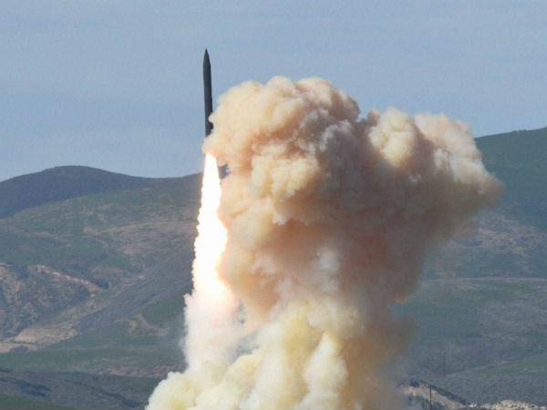 USA shoots down medium-range Missile destroying test in Hawaii test