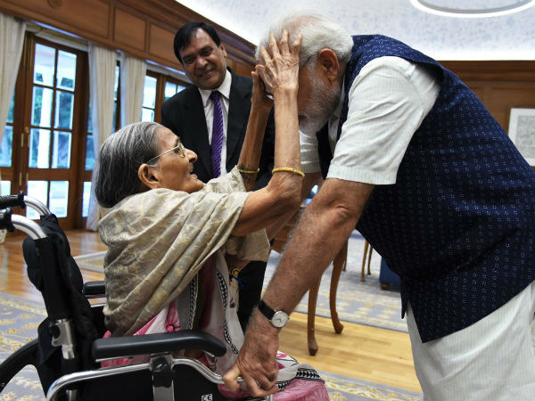 A 103-Year-Old tied Rakhi To PM Narendra Modi