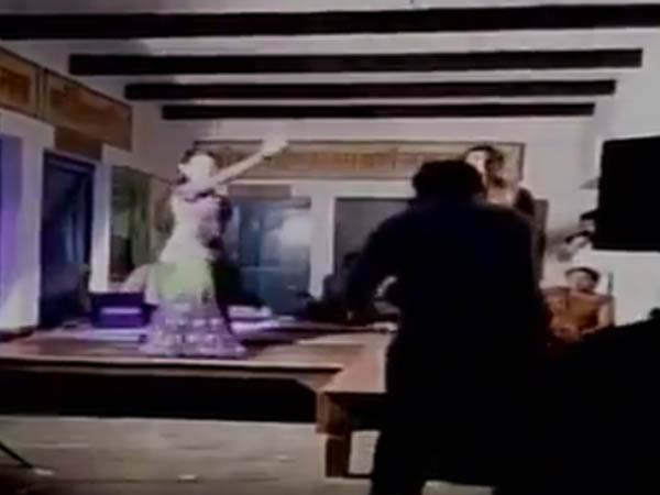 Primary School In Uttar Pradesh Turns Into A Dance Bar On Raksha Bandhan