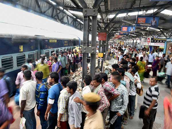 Railway earns 1.18 crore from ticketless passengers
