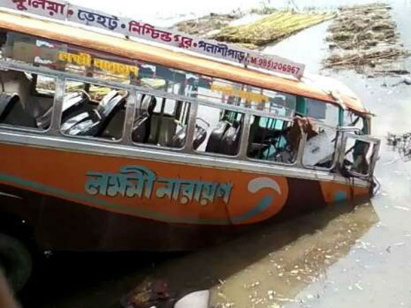 Bus falls into canal, 8 killed in West Bengal
