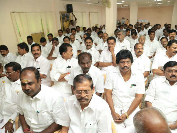 ADMK MLAs meeting in Sep.5