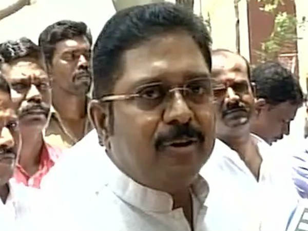 TTV Dinakaran condemns EPS for arresting their supporters