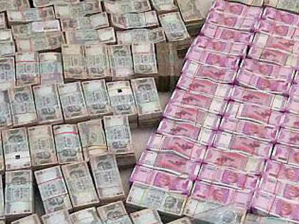 Rs. 2 Crores seized from Chennai Travels agency owner's house