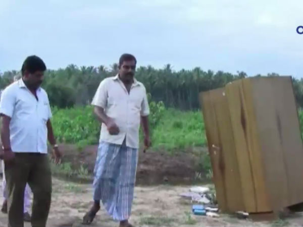 Perikulam thieves looted in different way