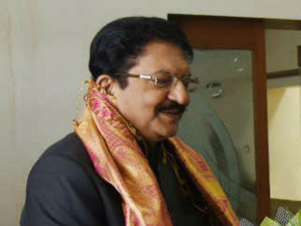 திங்களன்று சென்னை வரும் ஆளுநர் வித்யாசகர் ராவ்... மீண்டும் சூடு பிடிக்கும் தமிழக அரசியல்
