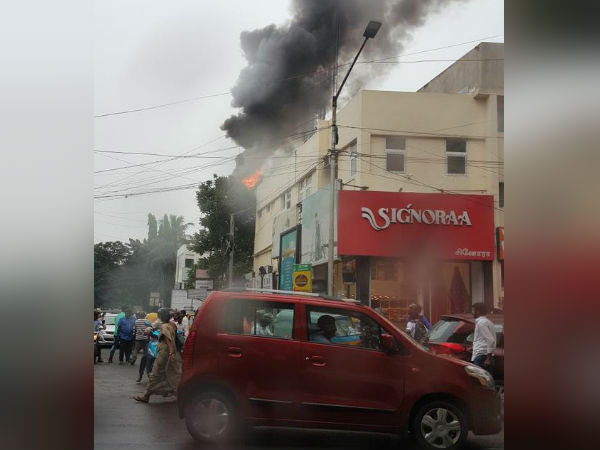 Fire at cell phone tower in Chennai