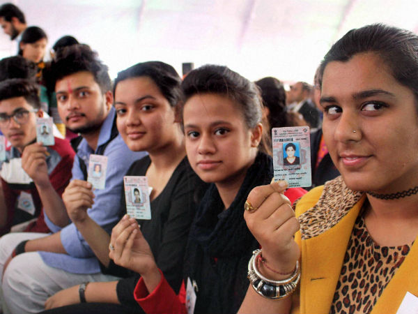 குஜராத் சட்டசபை தேர்தல் தேதி... இன்று அறிவிக்கிறது தேர்தல் ஆணையம்?
