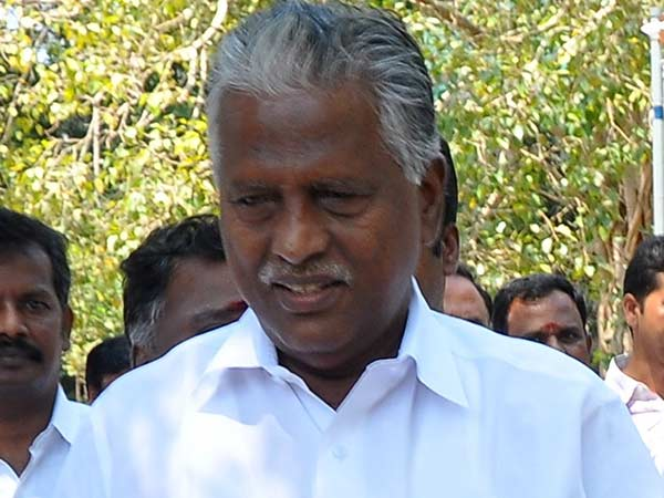 sasikala is all false and forgery says KP Munusamy