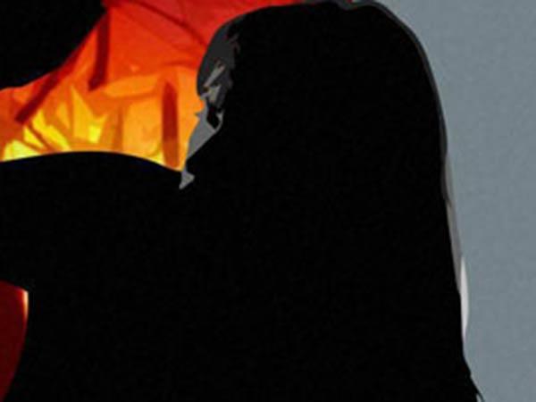 எப்பப் பார்த்தாலும் சந்தேகம்.. சிவபெருமாளை கழுத்தை நெரித்துக் கொலை செய்த சாவித்திரி!