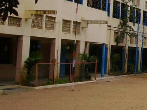 டெங்கு கொசுக்கள் உருவாக காரணமாக இருக்கும் பள்ளிகள் அங்கீகாரம் ரத்து... சுகாதாரத் துறை வார்னிங்