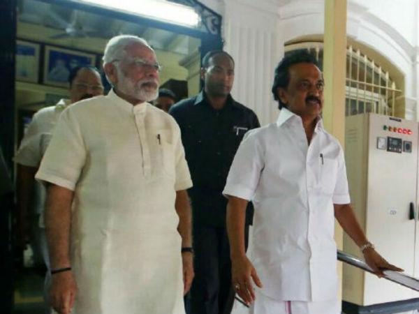 மோடியின் அரசியல் கணக்கு 06-1509963329-modi-meets-karunanidhi3435