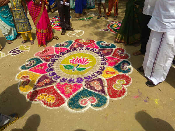 A rangoli which shows like Lotus and two leaves are merged