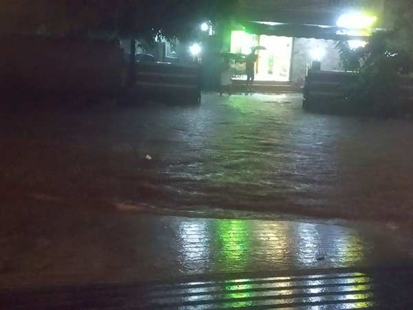Chennai recieved 11 CM rain with in 2 hours