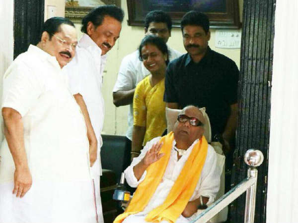 DMK leaders shock over BJP Cadre's slogan