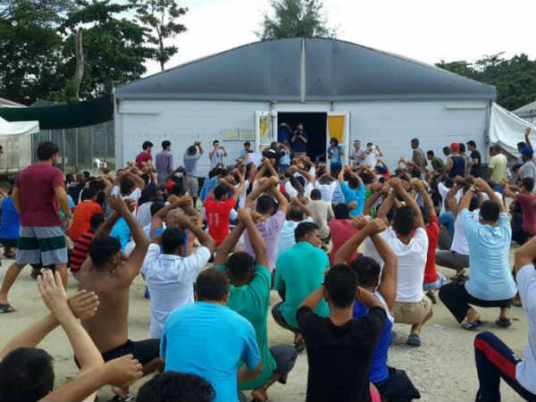 UN High Commissioner for Human Rights demands services be restored to Manus Island centre