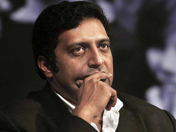 Prakash Raj clarifies his comments on Actor's entry to politics