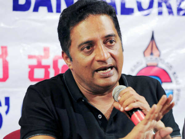 Readers opinion on Prakash Raj comments against Actors enter to politics