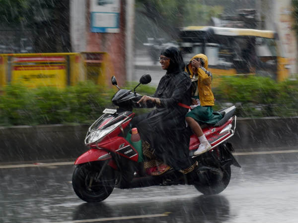 As rain reduces in Chennai city chill climate observes