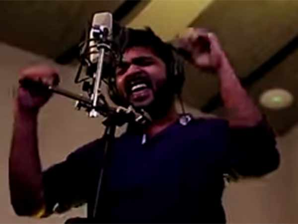 What was the song sung by STR?