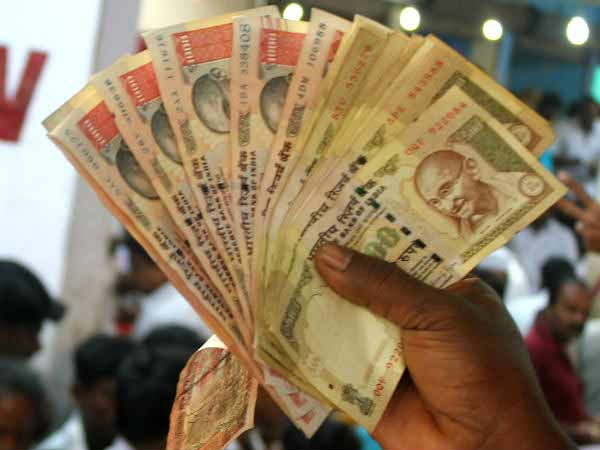 When abolished Rs 500 and 100 currencies met