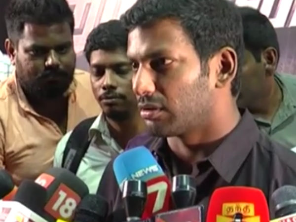 Vishal files his nomination at RK Nagar - Contests independently in the bypoll elections