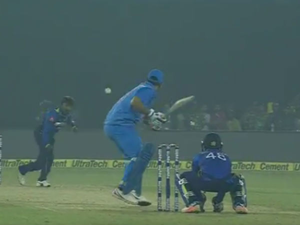 WATCH VIDEO: A deadly, life threatening shot by Dhoni which nearly killed KL Rahul during 1st T20 against Sri Lanka