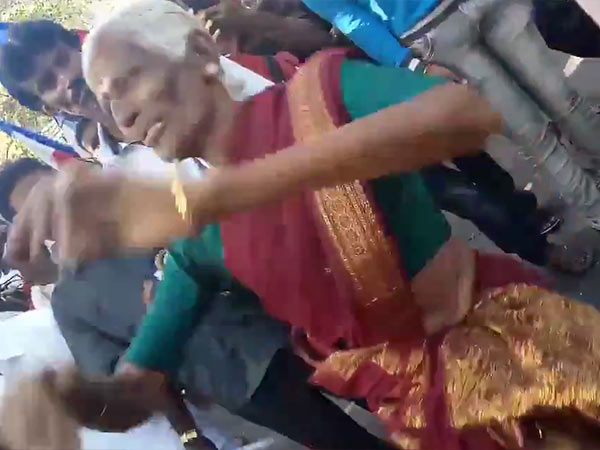 A 68 years old grandma dancing after hearing Rajini Political arrival announcement