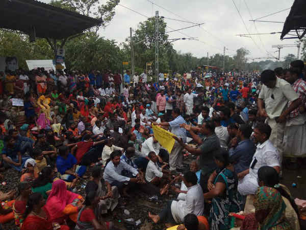 Due to the Fishermen Protest on Kuzhiturai Railway Station Train timings Changed