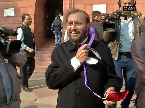 Prakash Javadekar uses Landline Receiver to protect him from cellphone radiation