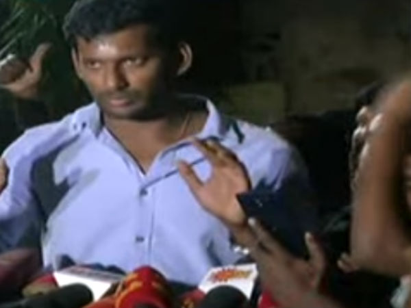 Actor Vishal protesting front of RK Nagar election commission office