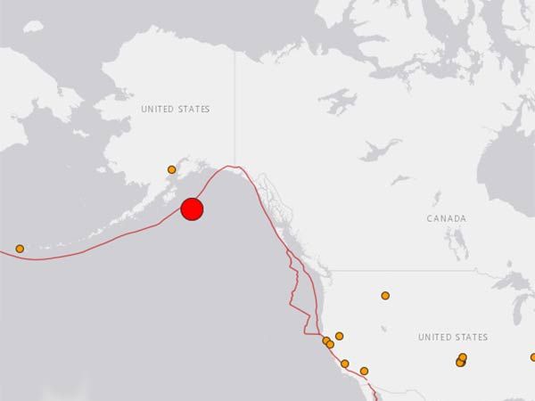 8.1 earthquake hits Alaska
