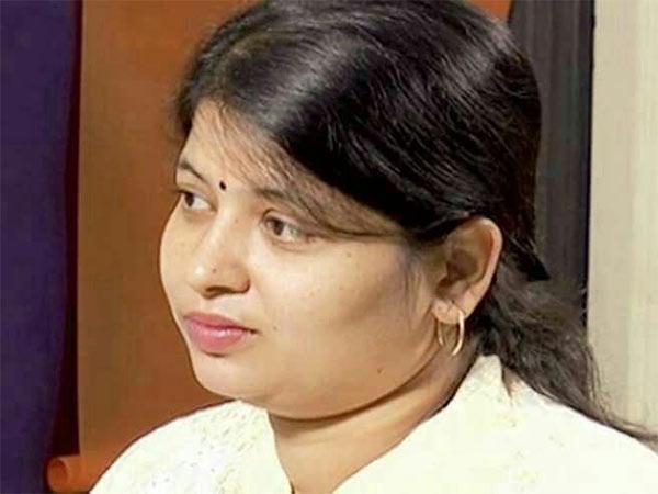 அப்பல்லோ மருத்துவமனைக்கு பெங்களூர் அம்ருதா நோட்டீஸ்