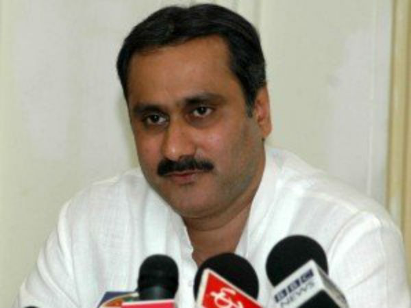 Dr Anbumani Ramadoss seeks probe into the death of TN Student in Delhi