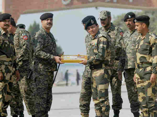 BSF didnt exchange sweets with Pakistan Soldiers