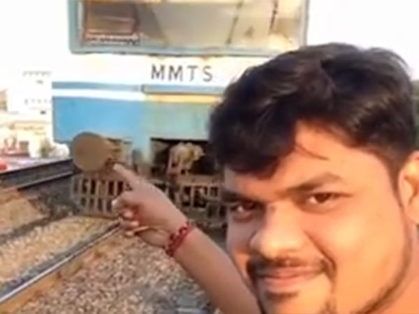 Hyderabad boy hits in train while he was taking selfie