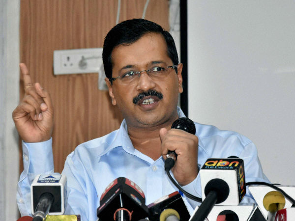 Kejriwal blames Delhi Governor for the cold death in delhi