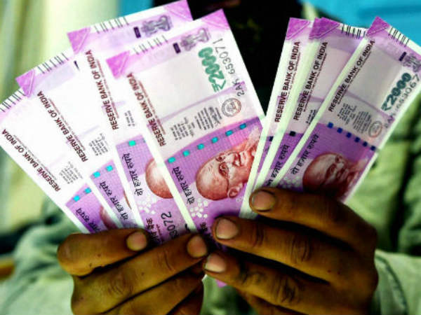 Thanjavur corporation commissioner held for taking bribe from contractor