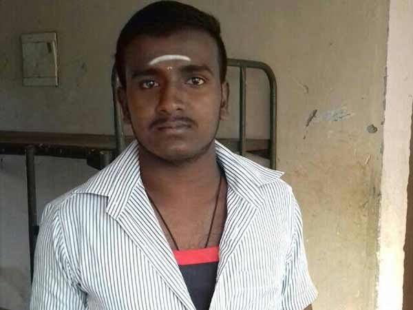A 17 years old college student killed in Nellai Kadaiyanallur