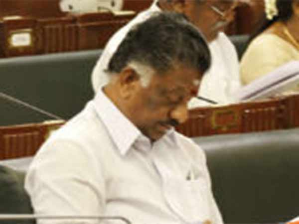 Do not praise me: O Paneerselvam request MLAs