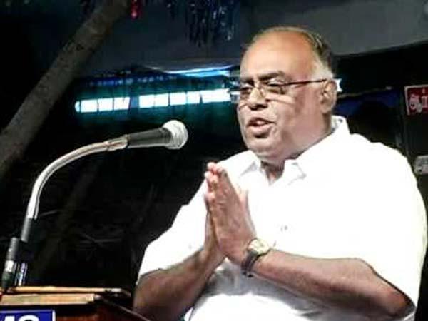 வாங்க ரஜினி, வாங்க கமல்.. இரு கரம் நீட்டி வரவேற்கிறார் பழ. கருப்பையா!